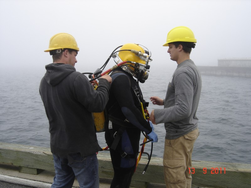 Diver getting ready